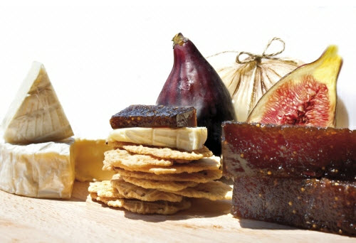 Vijgenpasta van Paiarrop met Spaanse delicatessen